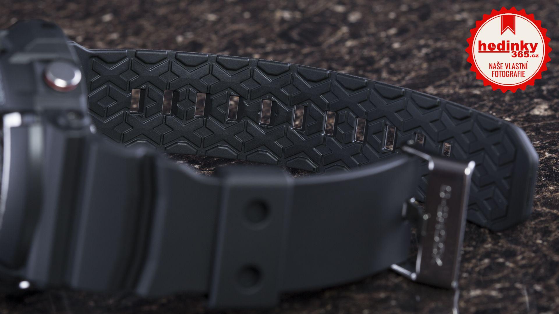 7527cd5fc4 Casio G-Shock Original GA-200-1AER. Pánské hodinky - pryskyřicový řemínek
