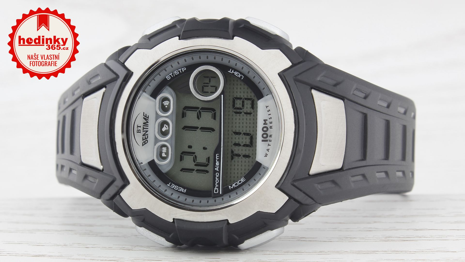 46f75a8c0 Unisex hodinky - pryžový řemínek, plast pouzdro, plastové sklíčko. Veškeré  technické parametry naleznete níže