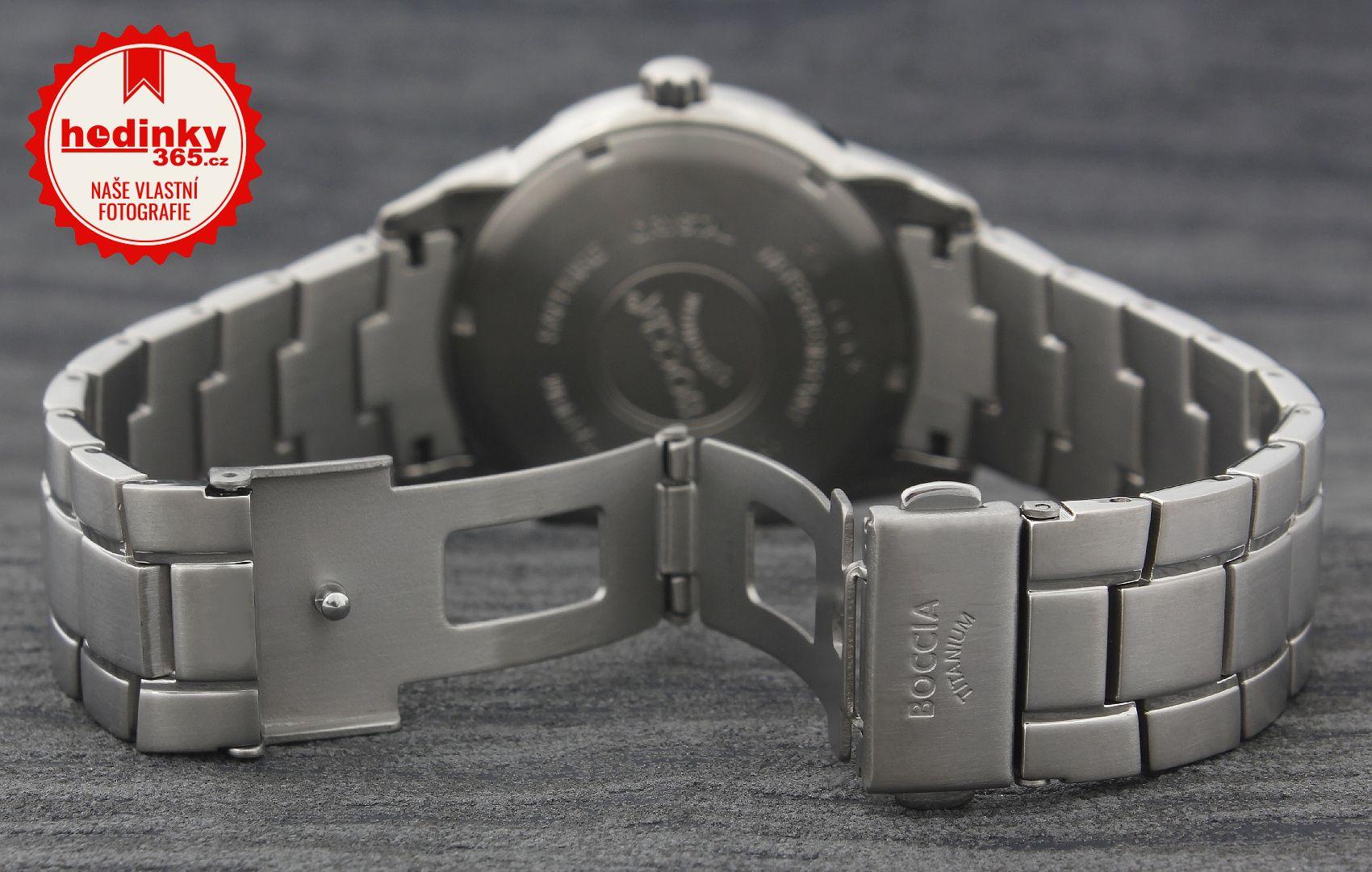 Pánské hodinky - titanový řemínek c1592d5df76