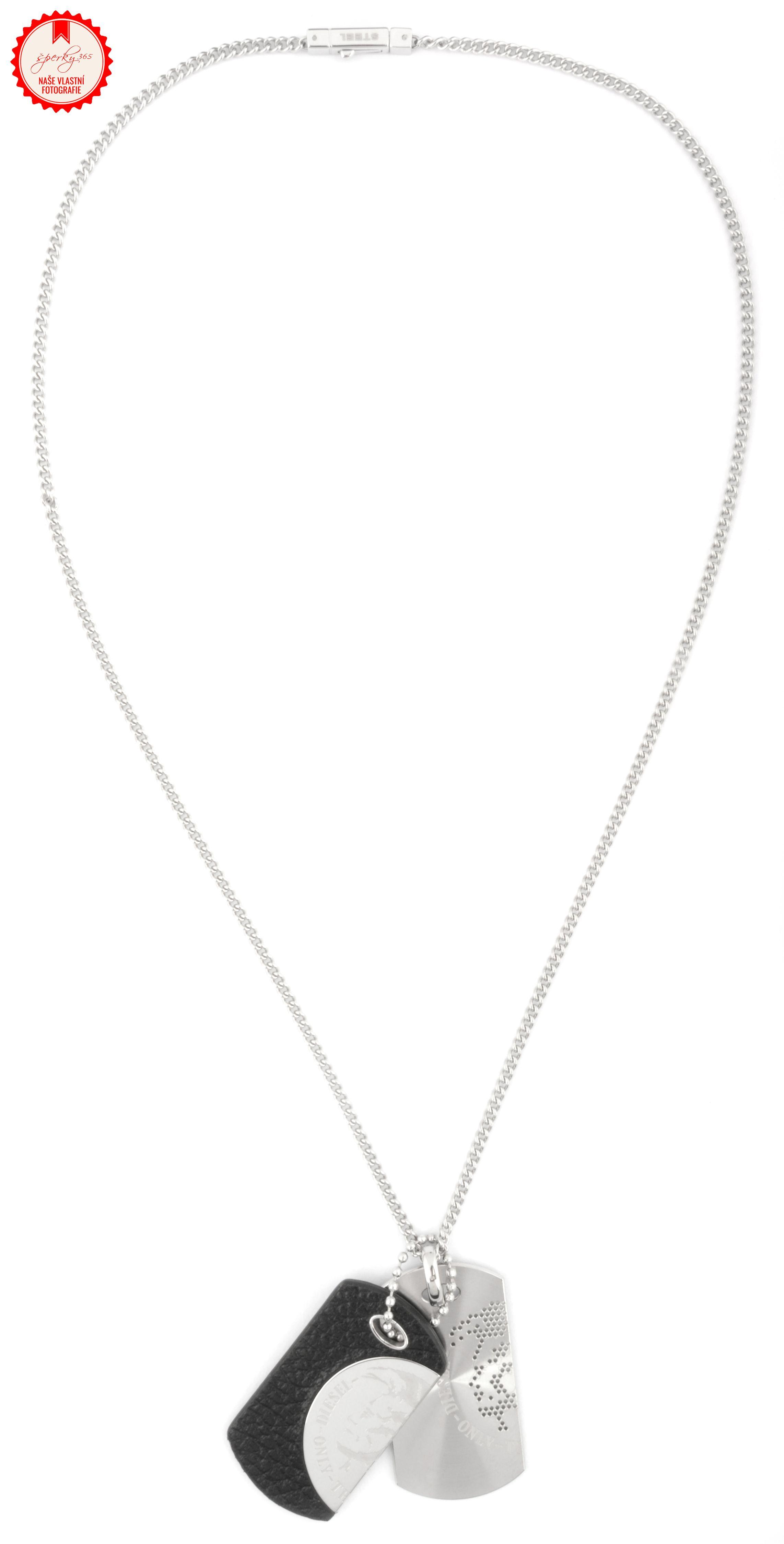 ... Pánský náhrdelník z chirurgické oceli Diesel DX0289. Foto  Daniel Böhm ca541fa6b22