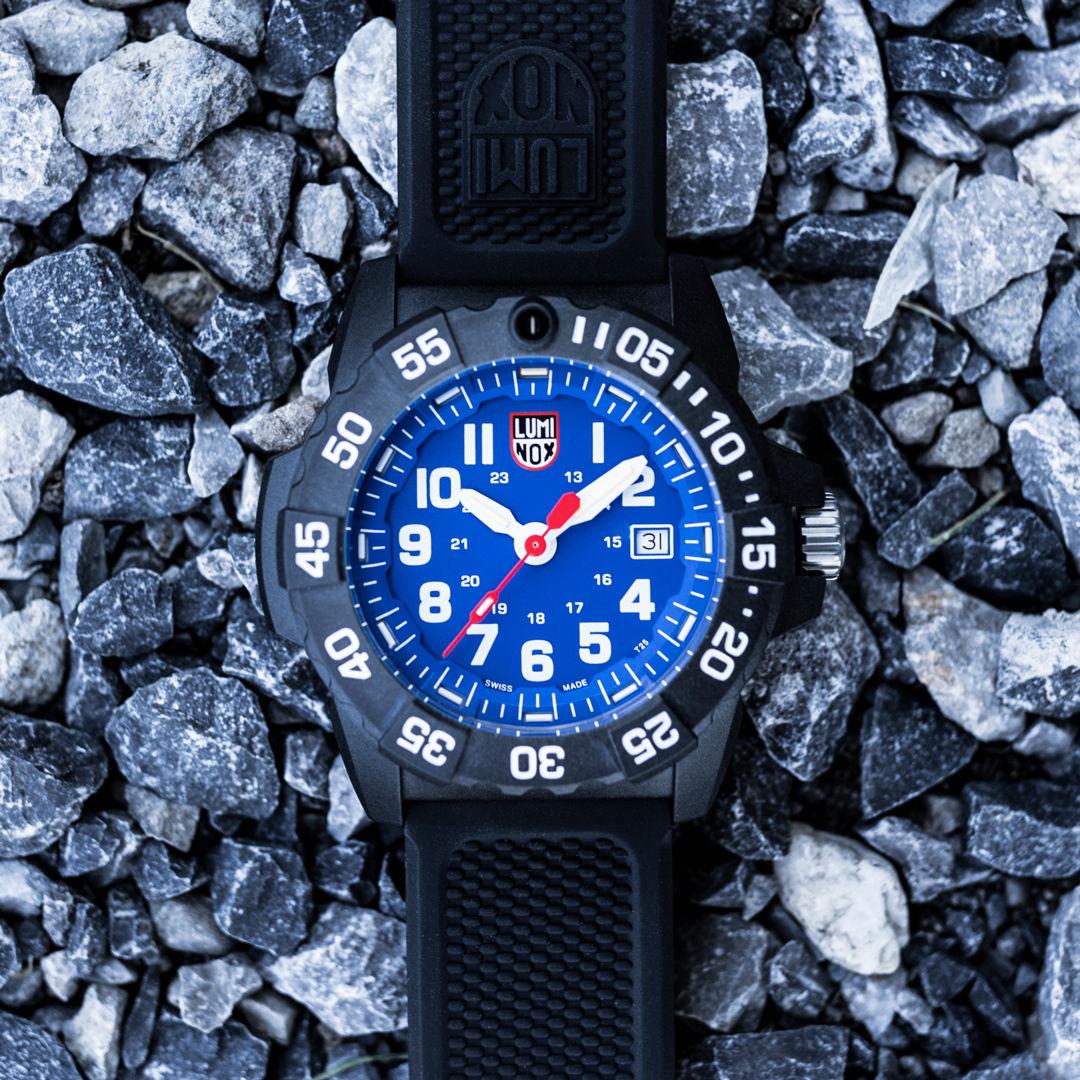 Luminox Sea XS.3503.L. Pánské hodinky - silikonový řemínek 75a10e36bb5